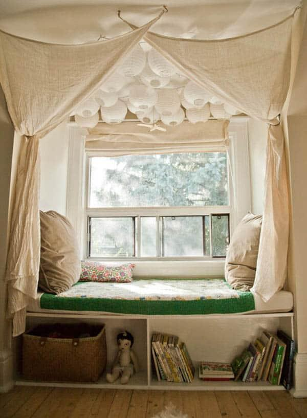Cozy And Decorated Reading Nooks That Will Inspire You To Design Your Own Little Corner 14