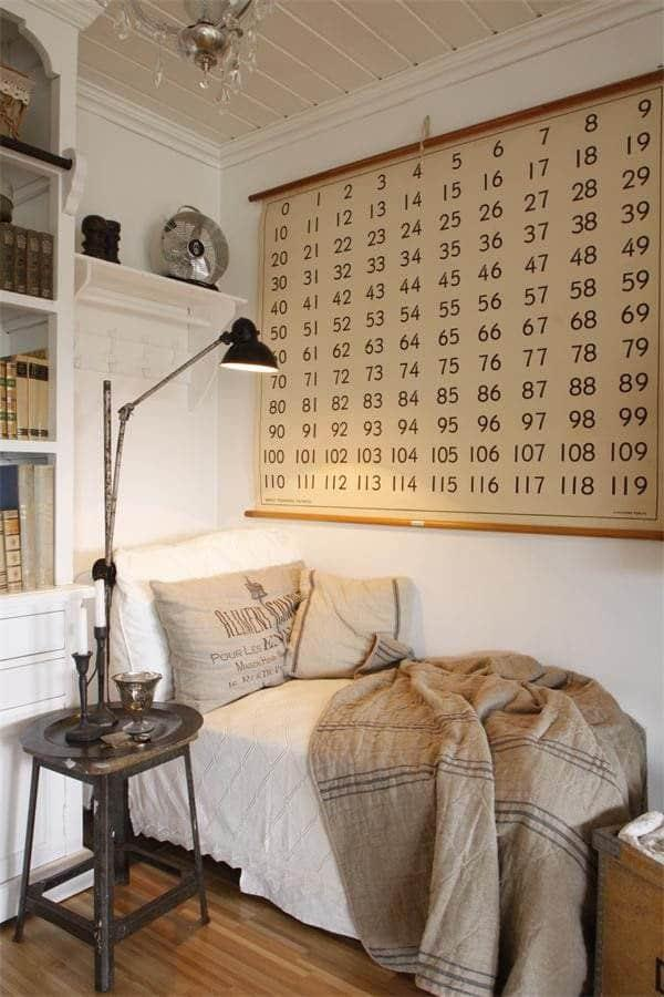 Cozy And Decorated Reading Nooks That Will Inspire You To Design Your Own Little Corner 41