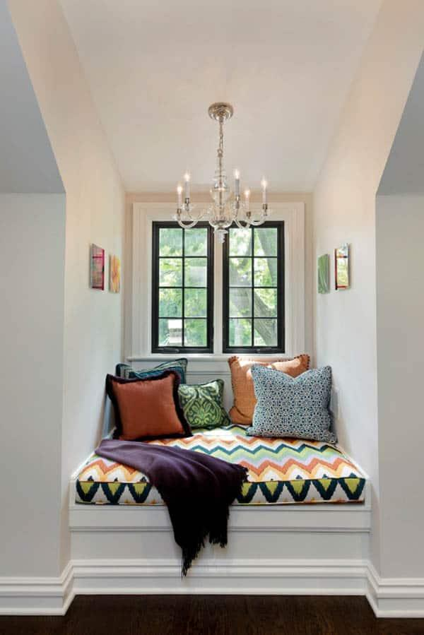 Cozy And Decorated Reading Nooks That Will Inspire You To Design Your Own Little Corner 7
