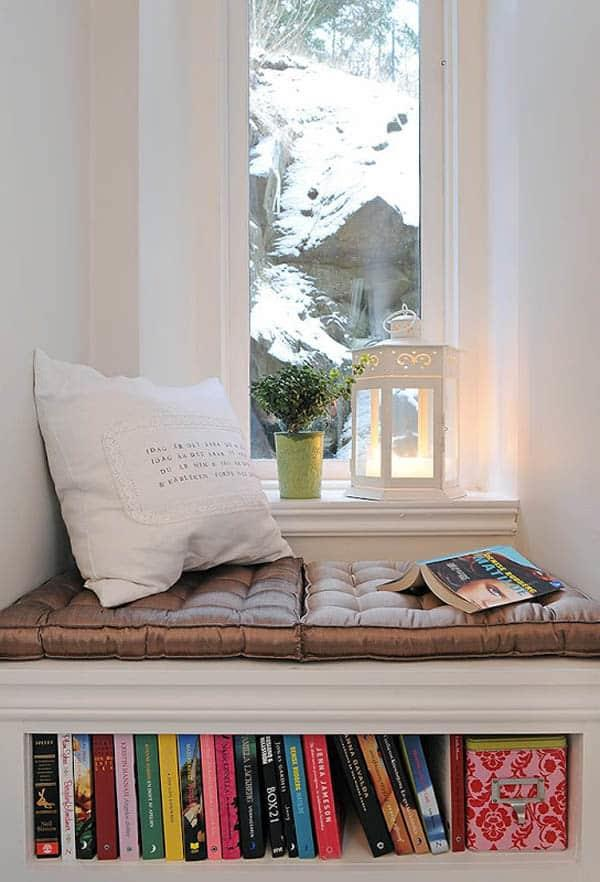 Cozy And Decorated Reading Nooks That Will Inspire You To Design Your Own Little Corner 9