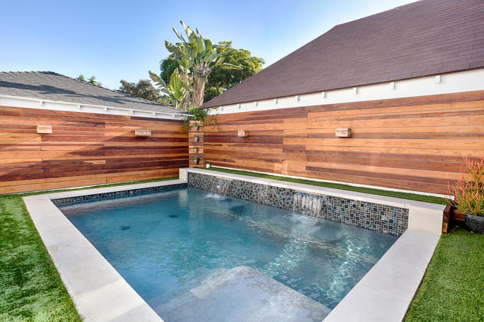 Affordable Small Backyard with Plunge Pool 36
