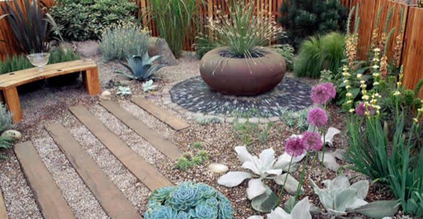 Tips Creating Pea Gravel Landscaping 11