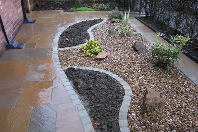 Tips Creating Pea Gravel Landscaping 8