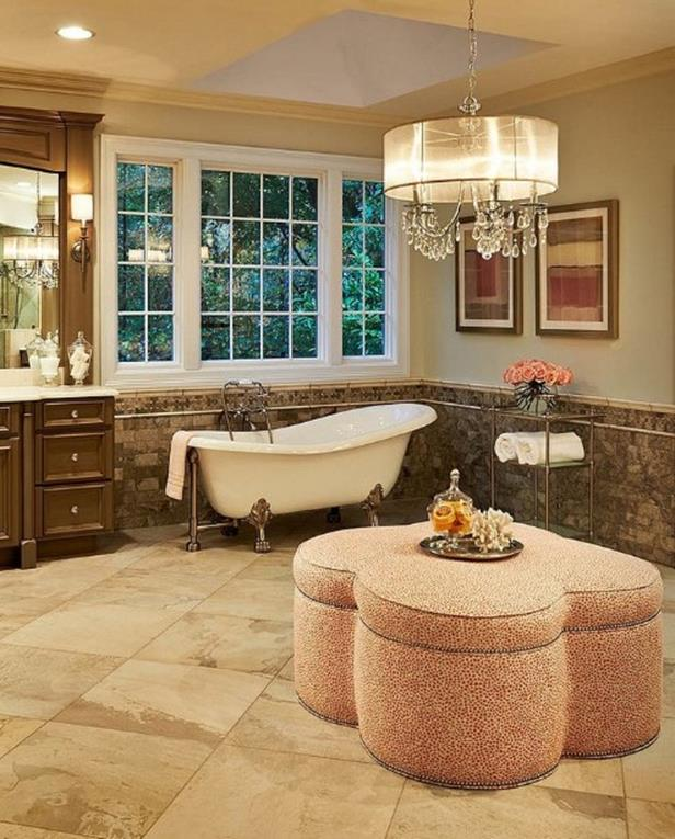 Beautiful Bathroom with Crystal Chandelier 11