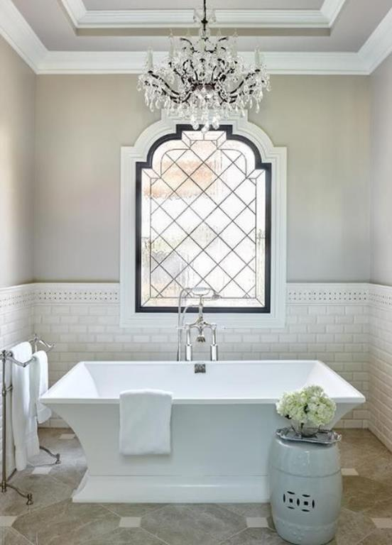 Beautiful Bathroom with Crystal Chandelier 16