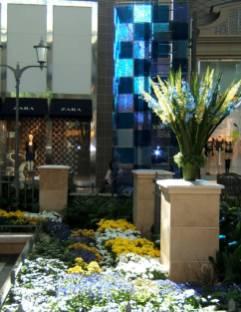 Fabrication d'arrangements floraux printanier