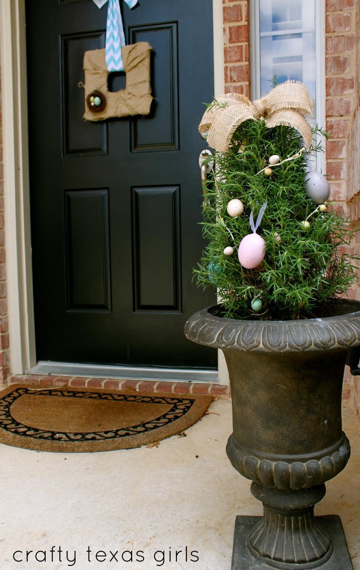 DIY Front Door Easter Decorating Ideas 26