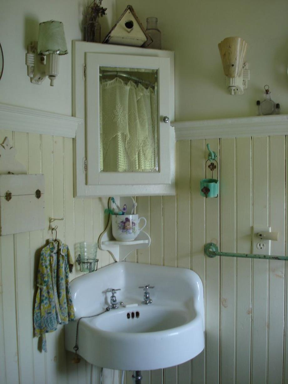 Farmhouse Style Bathroom Sink Ideas 14