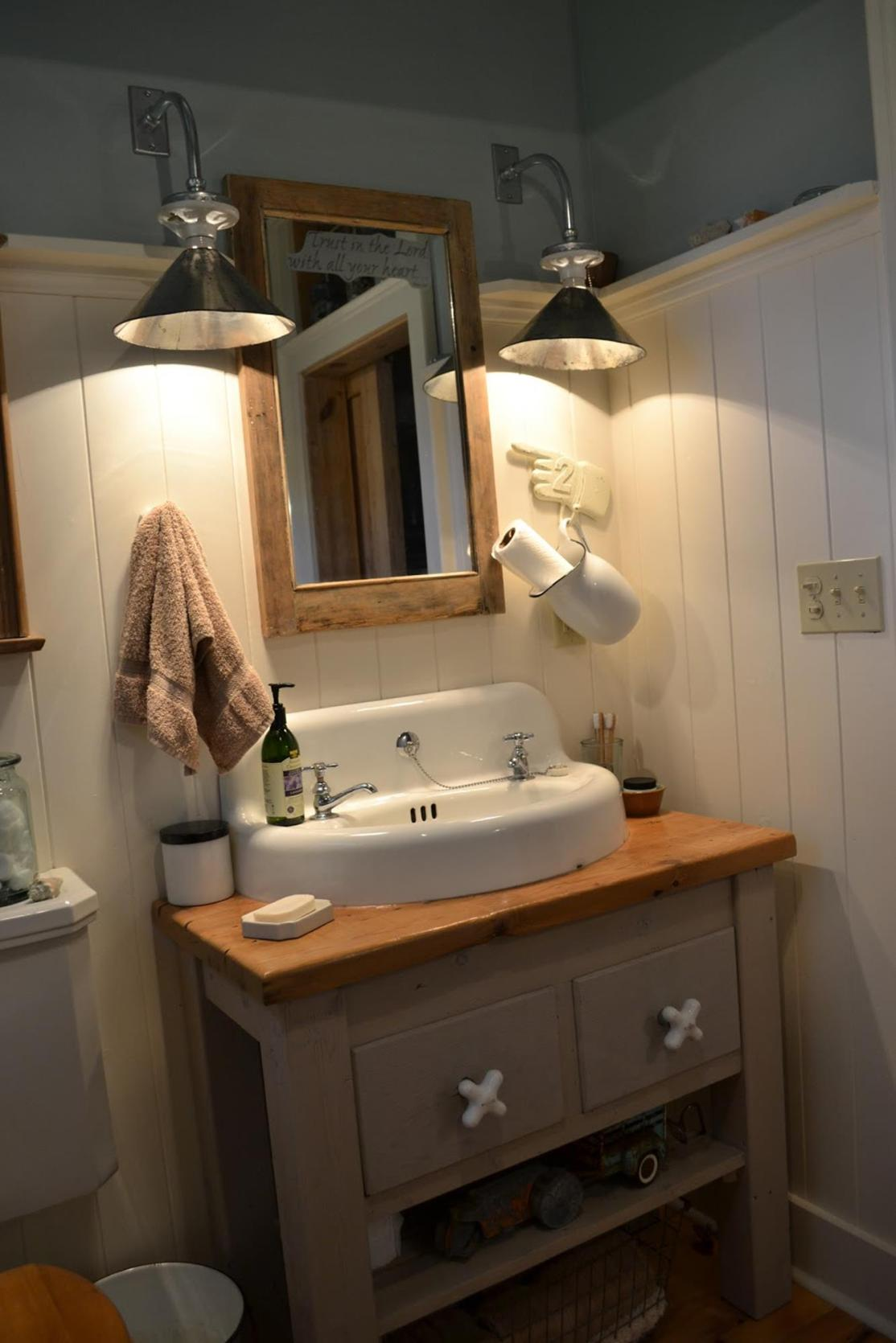 Farmhouse Style Bathroom Sink Ideas 16