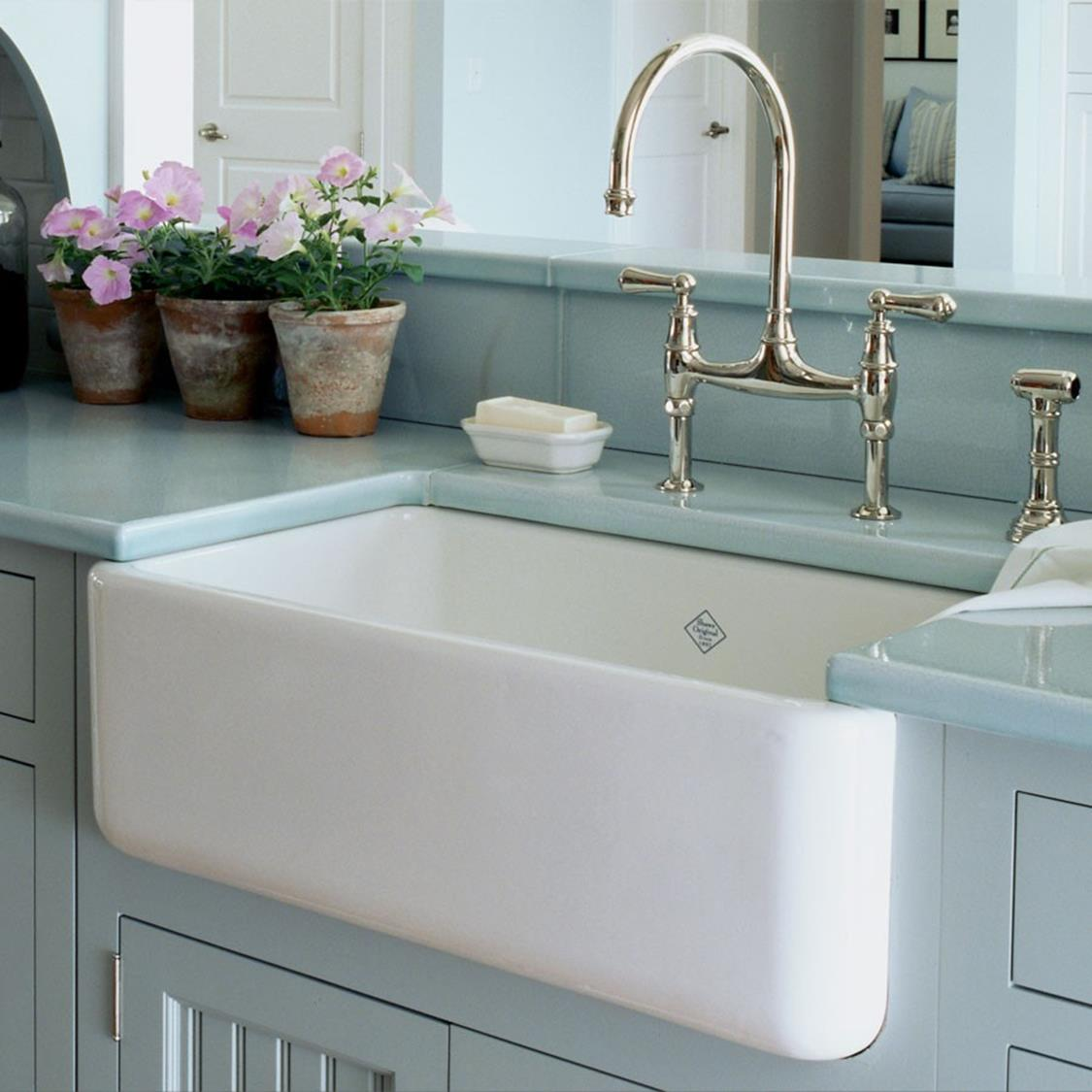 Farmhouse Style Bathroom Sink Ideas 31