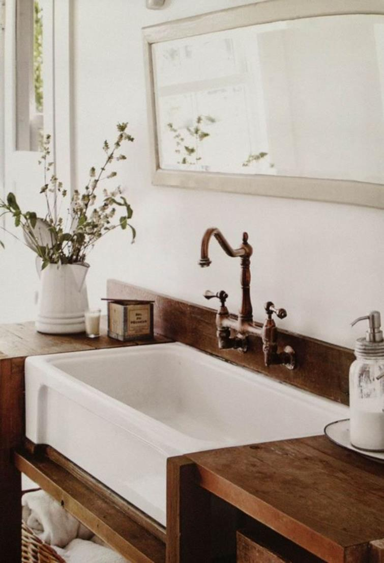Farmhouse Style Bathroom Sink Ideas 8