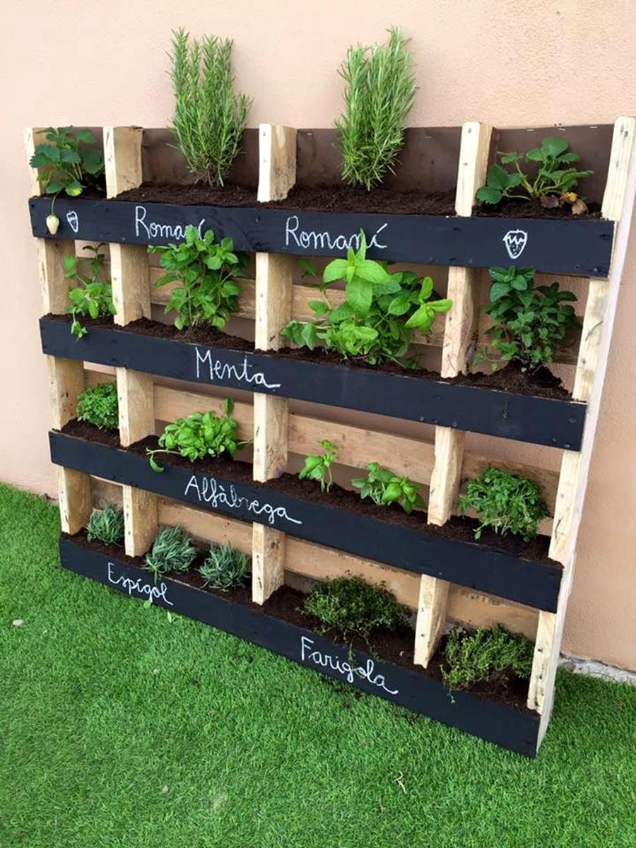 Gardening Ideas With Wood Pallets 11