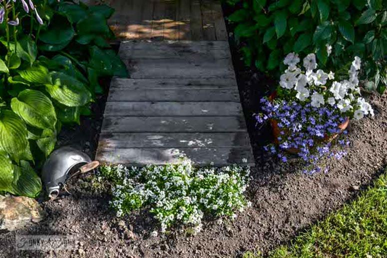 Gardening Ideas With Wood Pallets 8