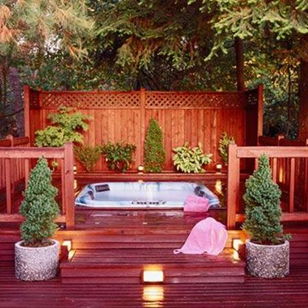 Perfect Outdoor Hot Tub Privacy Ideas 11