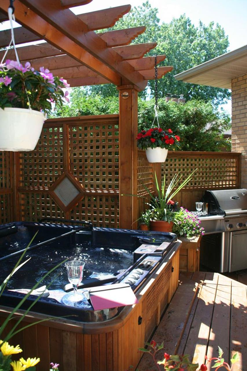 Perfect Outdoor Hot Tub Privacy Ideas 12