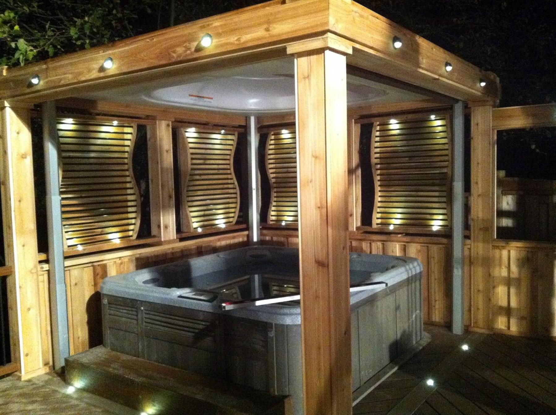 Perfect Outdoor Hot Tub Privacy Ideas 8