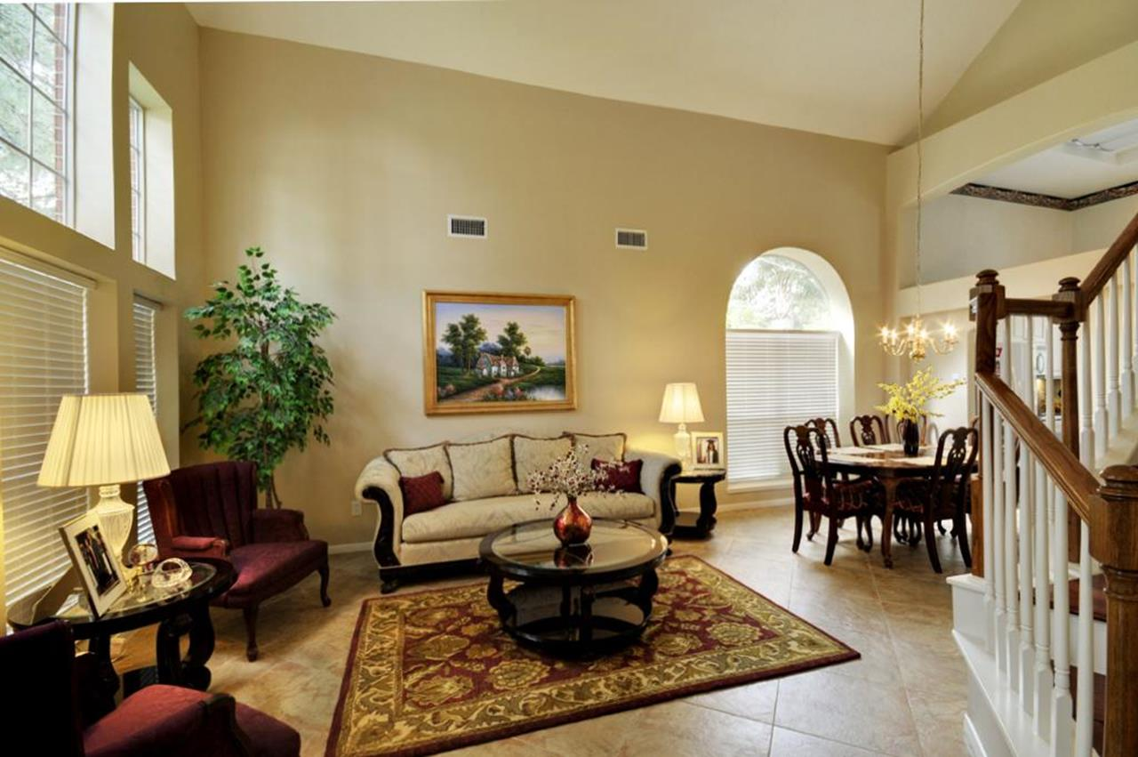 Best Neutral Paint Colors For Living Room 15