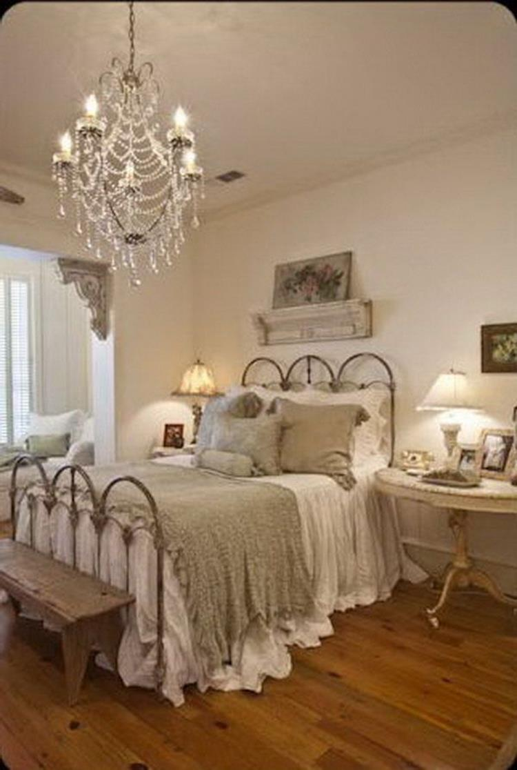 Perfect Shabby Chic Furniture and Decorating Ideas 1