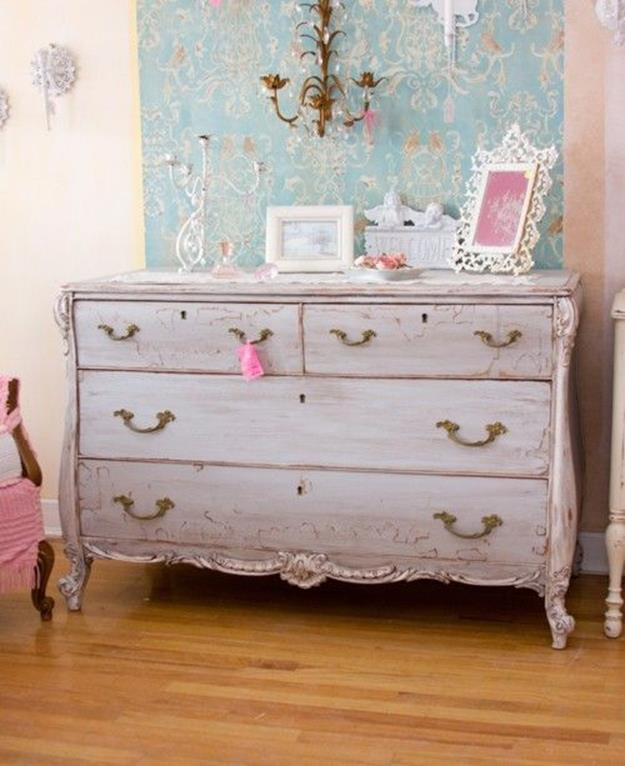 Perfect Shabby Chic Furniture and Decorating Ideas 36