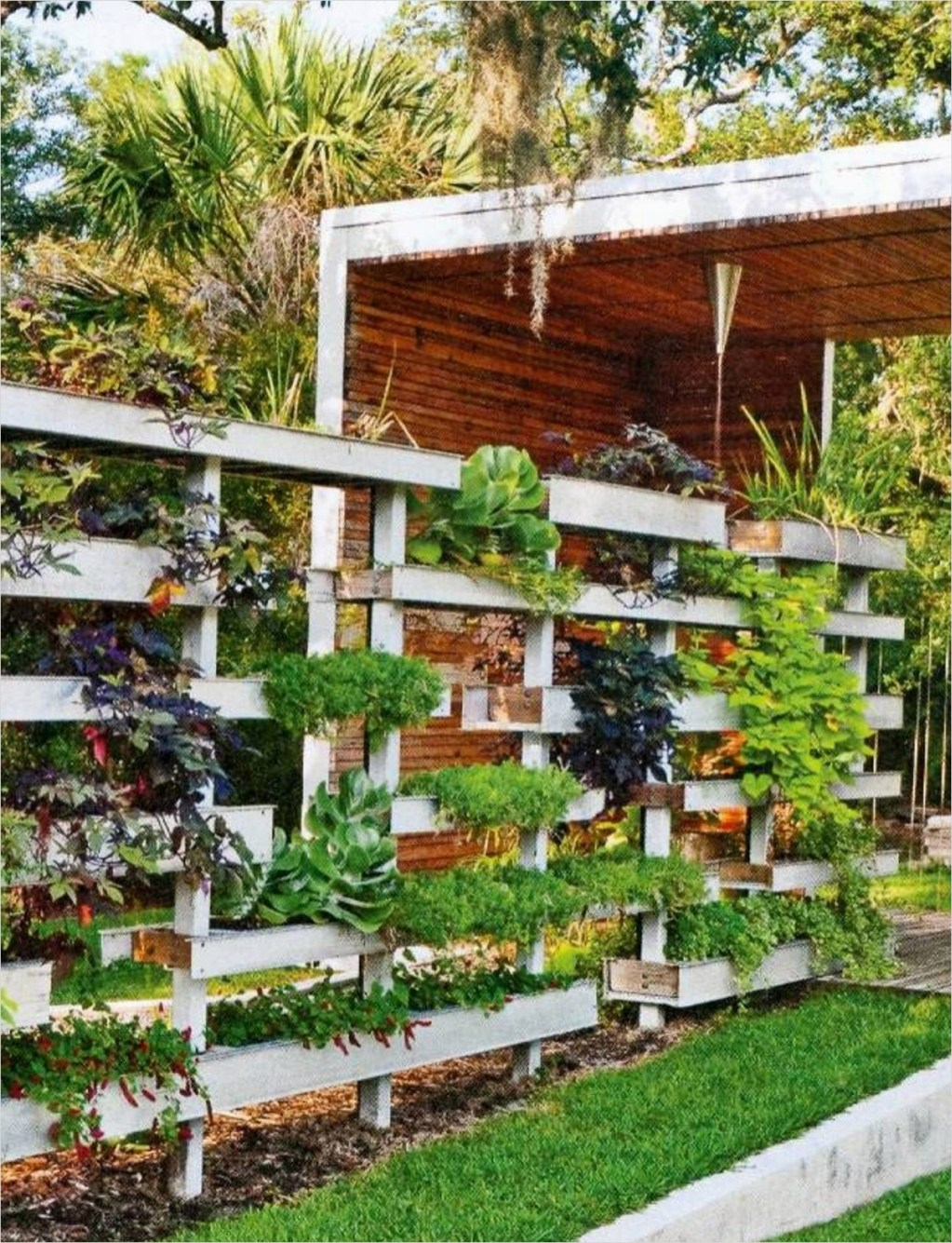 Garden Ideas for Small Spaces 26 Small Space Gardening Ideas with Regard to 10 Garden Ideas for Small Spaces Ward Log Homes 4