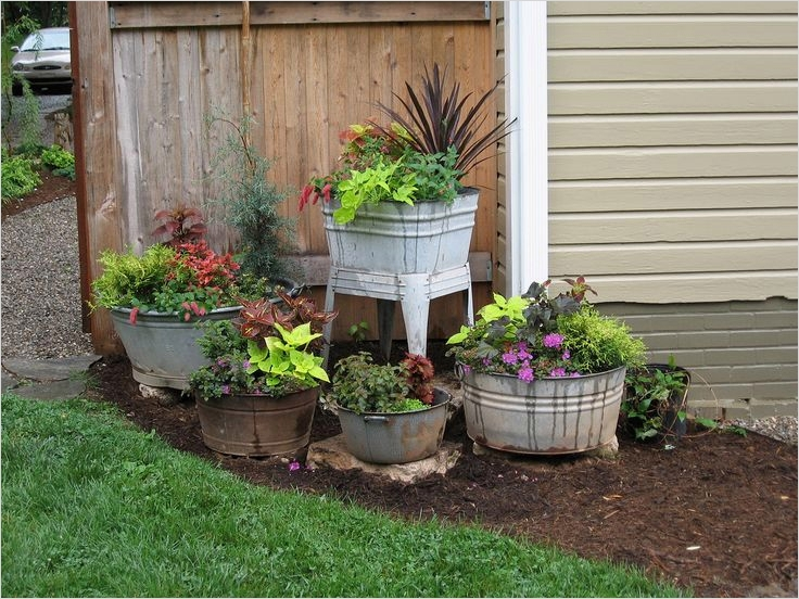 44 Amazing Rustic Garden Ideas 13 Old Wash Tubs & Pots Purposed Into Awesome Primitive Garden Containers Phyllis Ruyle This 9