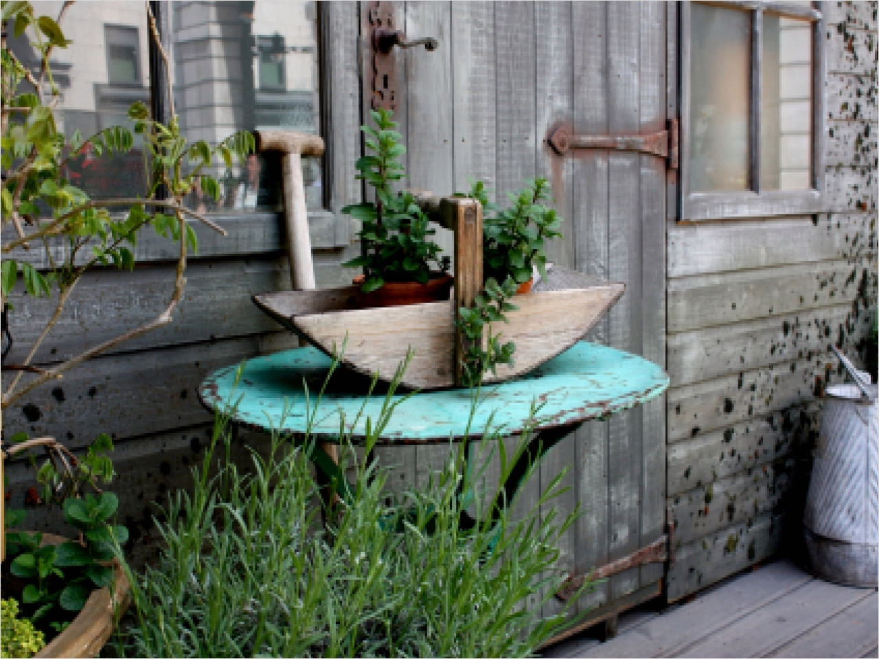 44 Amazing Rustic Garden Ideas 52 Rustic Garden Decor Ideas 4