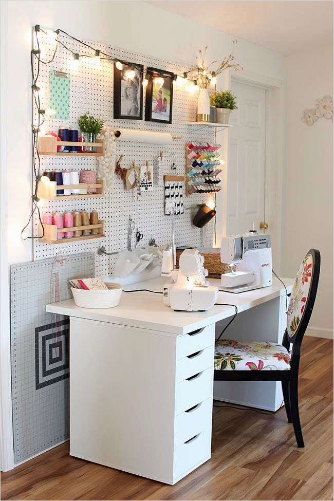 Sewing Room Ideas for Small Spaces 62 Best 257 Sewing Spaces Images On Pinterest 6
