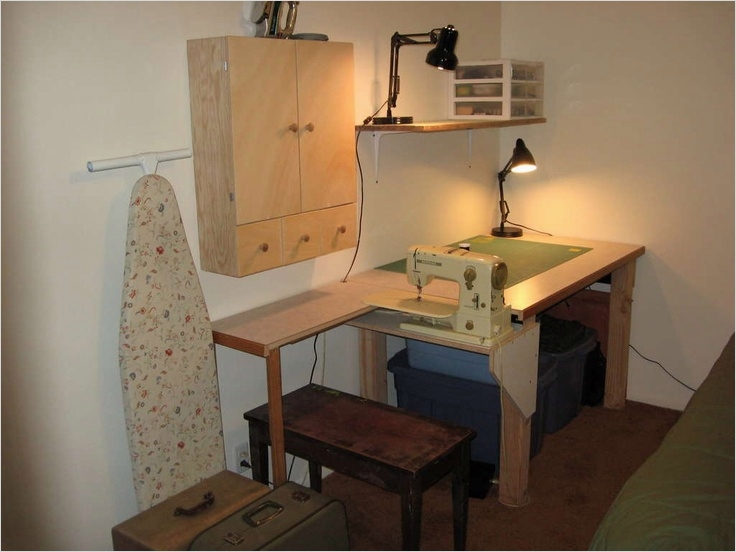 Sewing Room Ideas for Small Spaces 13 Love This Sewing Table Great for A Small Space Sewing Room for the Home Pinterest 1