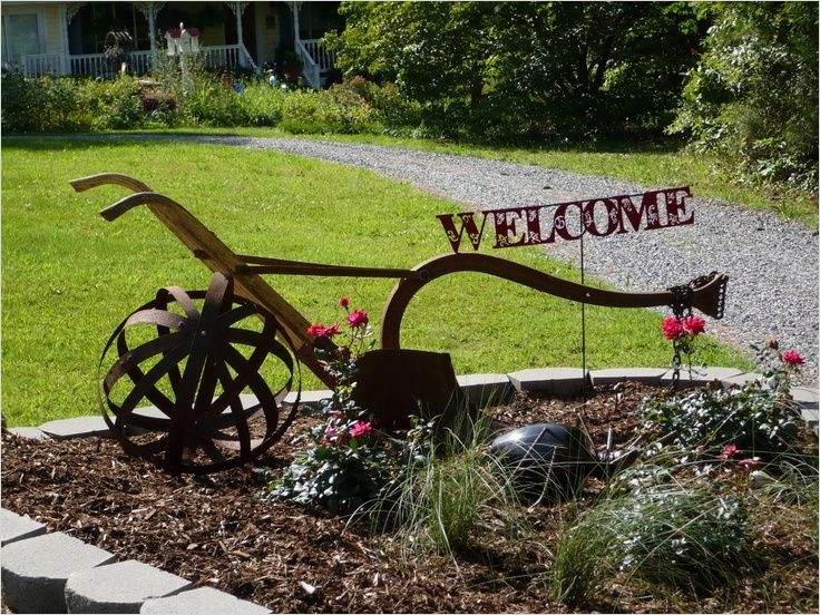 42 Beautiful Vintage Yard Decorating Ideas 89 1000 Images About Old Plow Ideas On Pinterest 6