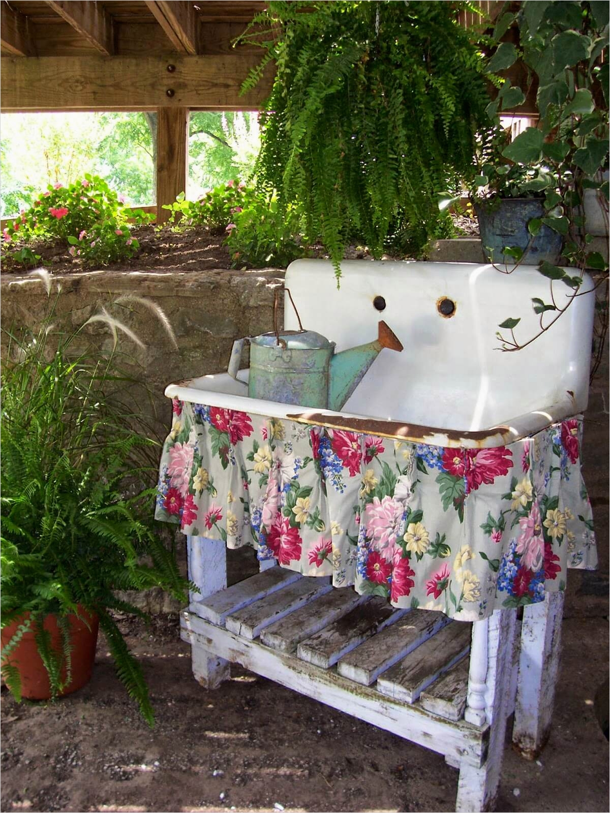 42 Beautiful Vintage Yard Decorating Ideas 98 34 Best Vintage Garden Decor Ideas and Designs for 2017 4
