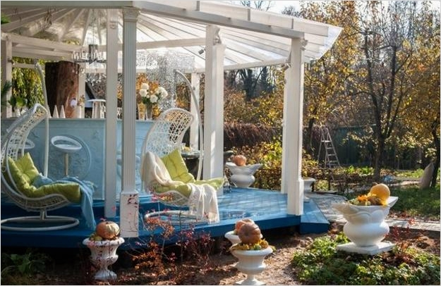 42 Beautiful Vintage Yard Decorating Ideas 98 Turquoise Blue and White Decorating Ideas for Gazebo In Vintage Style 7