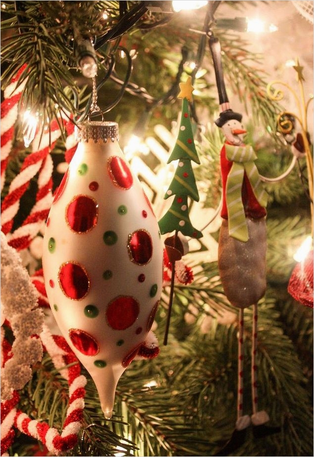 41 Awesome Whimsical Christmas Tree Decorating Ideas 22 My Whimsical Christmas Tree 3
