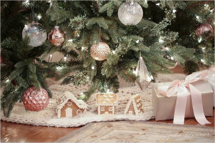 41 Awesome Whimsical Christmas Tree Decorating Ideas 41 Nostalgic Christmas Tree Decorating Ideas In Blush Pink 2