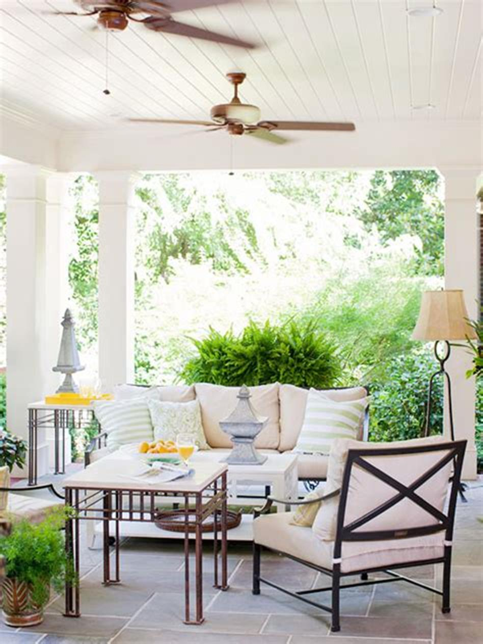40 Beautiful Spring Front Porch Decorating Ideas You Will Love 24