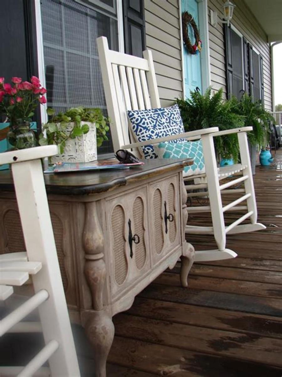 40 Beautiful Spring Front Porch Decorating Ideas You Will Love 27