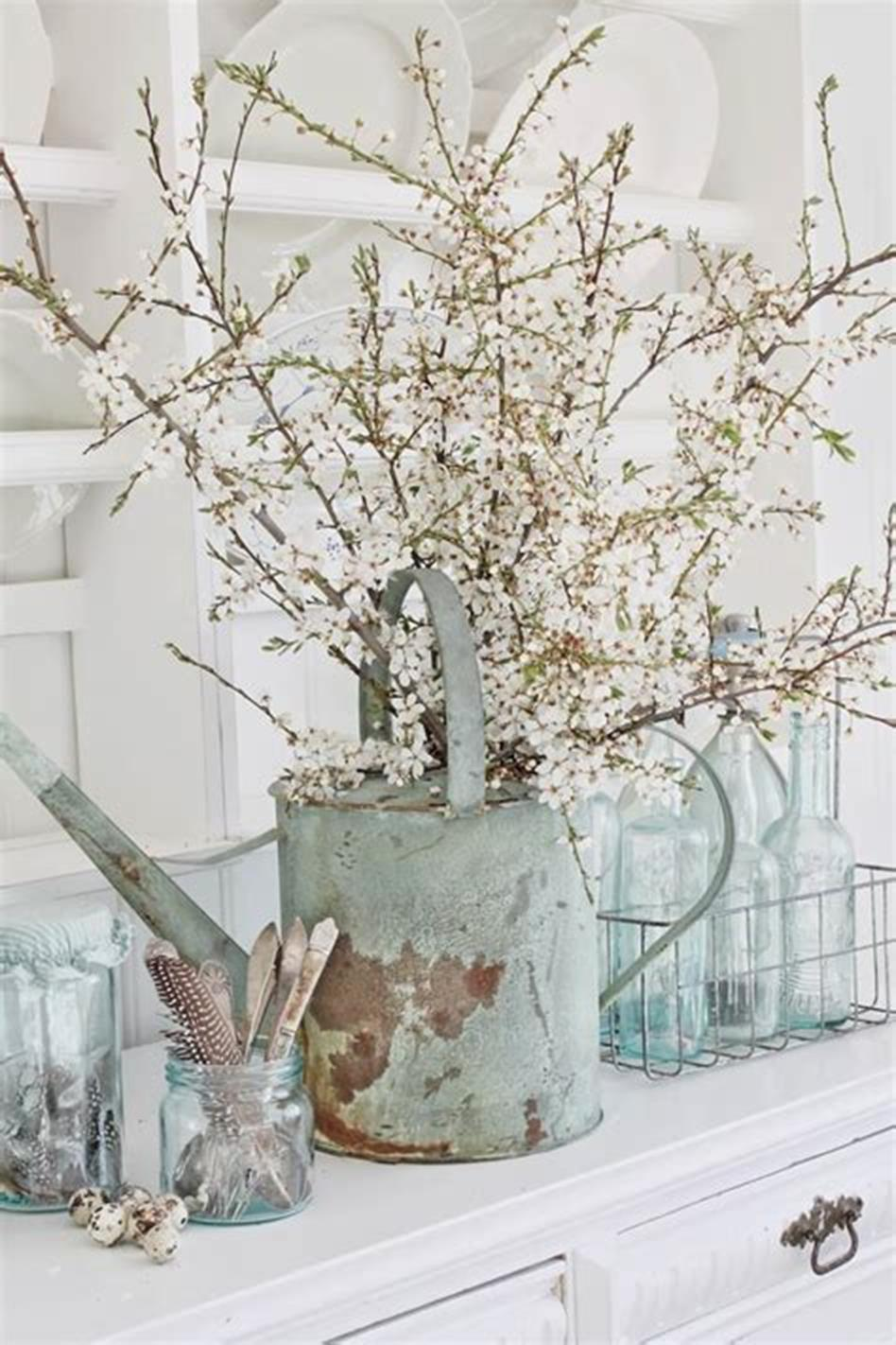 42 DIY Beautiful Vintage Spring Decorations Ideas You Will Love 25