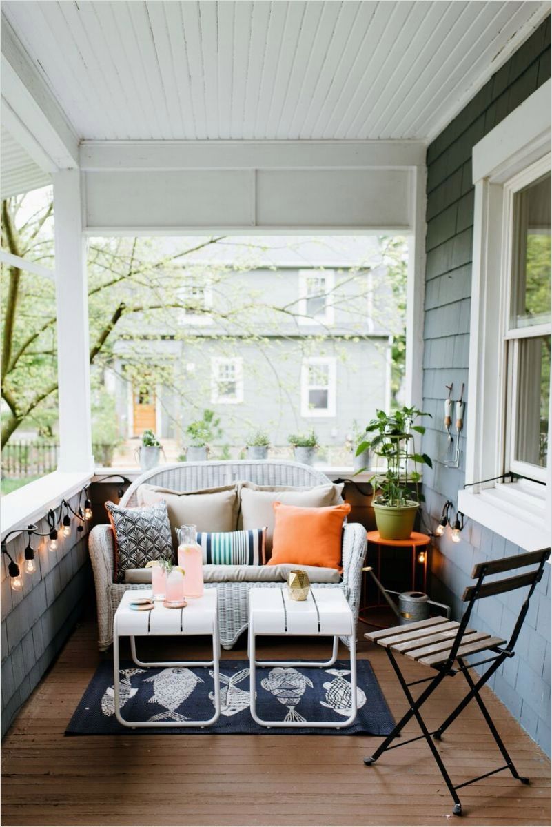 35 Stunning Little Porch Decorating Ideas for 2020 58