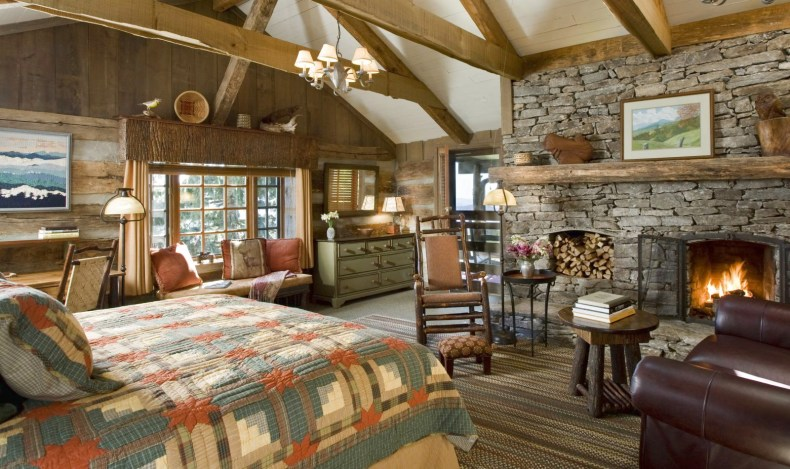 Adorable Farmhouse Bedroom With Fireplace Country Style
