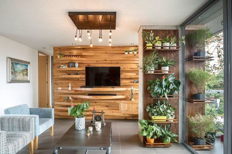Unique Texture And Wood Wall Shape