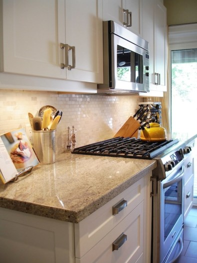 Cream Color Kitchen Cabinets With Granite Countertops (4)