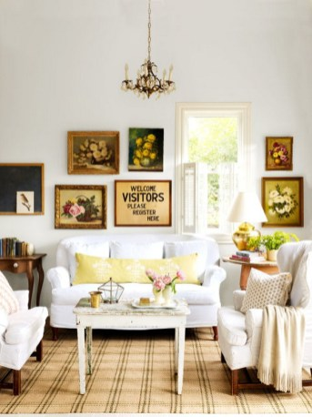 Gorgeous Farmhouse Living Room Decor Ideas And Designs (51)