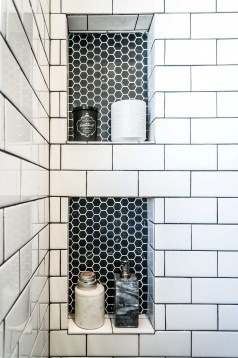 Stunning Bathroom Tiles Ideas for Small Bathrooms (51)