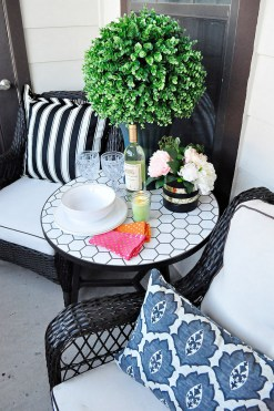 Apartment Deck Decorating Ideas