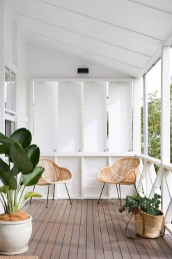 Decorating A Deck With Plants