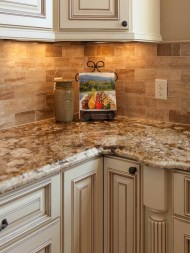 Kitchen Tile Backsplash Ideas Suitable For Your Kitchen (28)