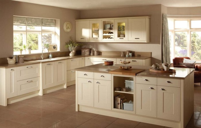 Simple And Elegant Cream Colored Kitchen Cabinets Design Ideas