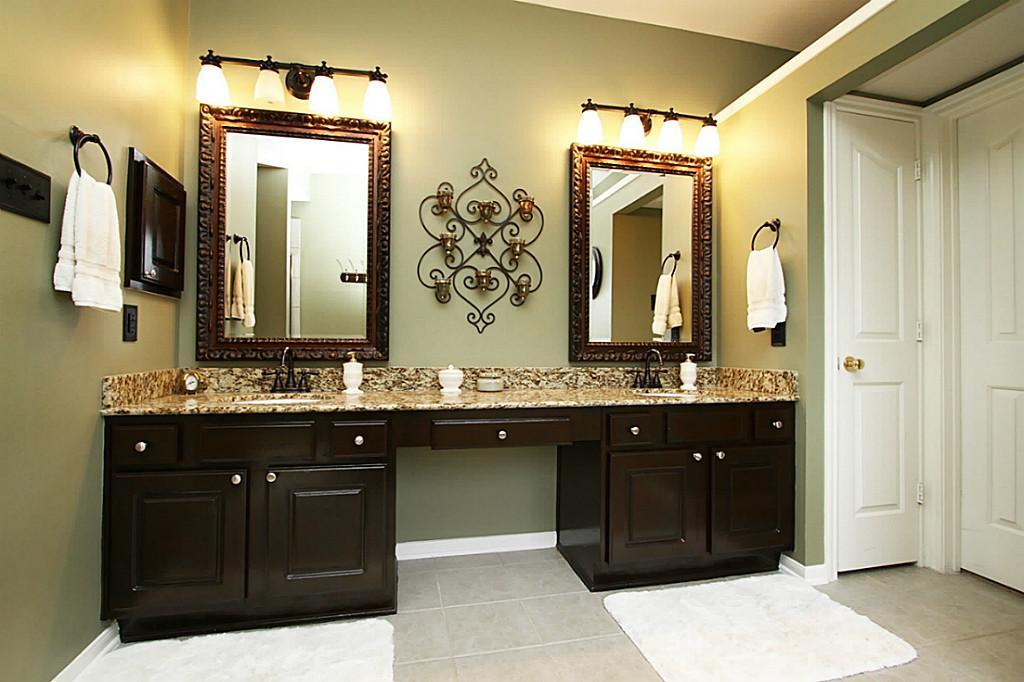 bathroom vanity lights oil rubbed bronze - Bronze Bathroom ... on Bathroom Sconce Lights Brushed Bronze id=77550