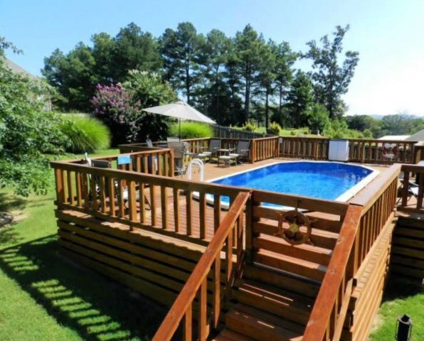 Above Ground Pool Deck with Step Section