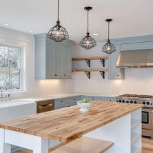 +41 To Consider For Farmhouse Kitchen Cabinets Design Ideas 18