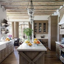 +41 To Consider For Farmhouse Kitchen Cabinets Design Ideas 43